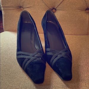 de2b02c3ab9 Women s Stuart Weitzman Vintage Shoes on Poshmark